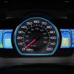 Painel do Ford Fusion híbrido educa o usuário a dirigir de forma eficiente